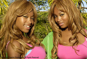 >> Black Blondes << Its Somthin About'em
