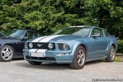 th_831522423_Ford_Mustang_GT_122_257lo