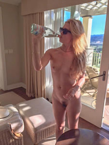 Cat Deeley Naked thumps