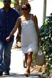 th_94839_Halle_Berry_out_and_about_in_LA_14_122_42lo.jpg
