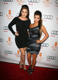 Kim Kardashian (Ким Кардашьян) - Страница 6 Th_92291_kim_kardashian_1_tikipeter_celebritycity_057_123_519lo