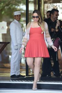 Mariah Carey - Leggy Leaving Her Hotel In Paris (6/8/15) 10xUHQ